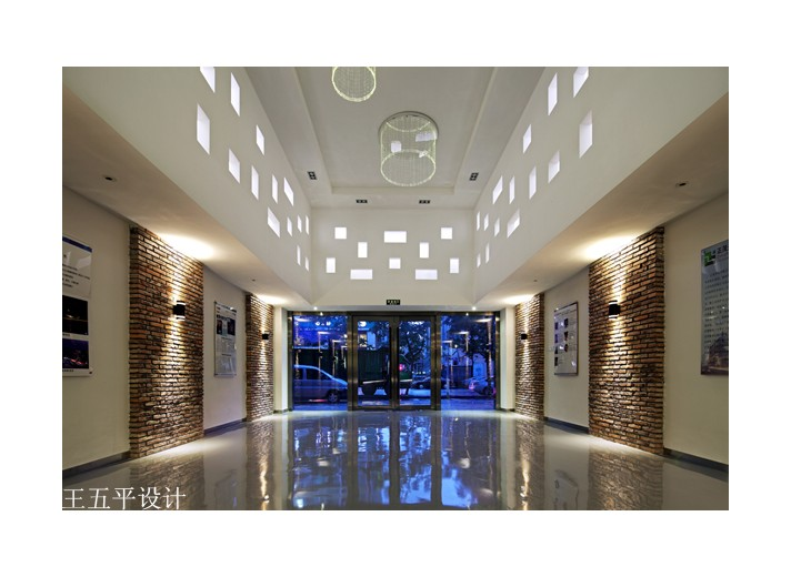 深圳正茂光电办公室设计